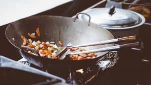 por que tener una sarten wok que es beneficios caracteristicas