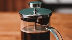 7 pasos simples para preparar un buen cafe con la prensa francesa